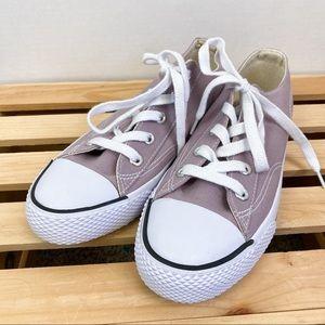 Airwalk women's purple lace up shoes size 7